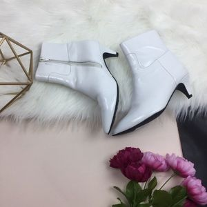 • Jeffrey Campbell white glossy pointy boots 7